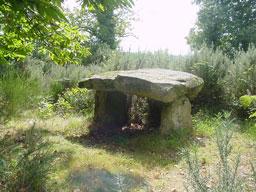 Le dolmen de Rouffignac